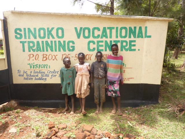 Kids at Sinoko gate copy